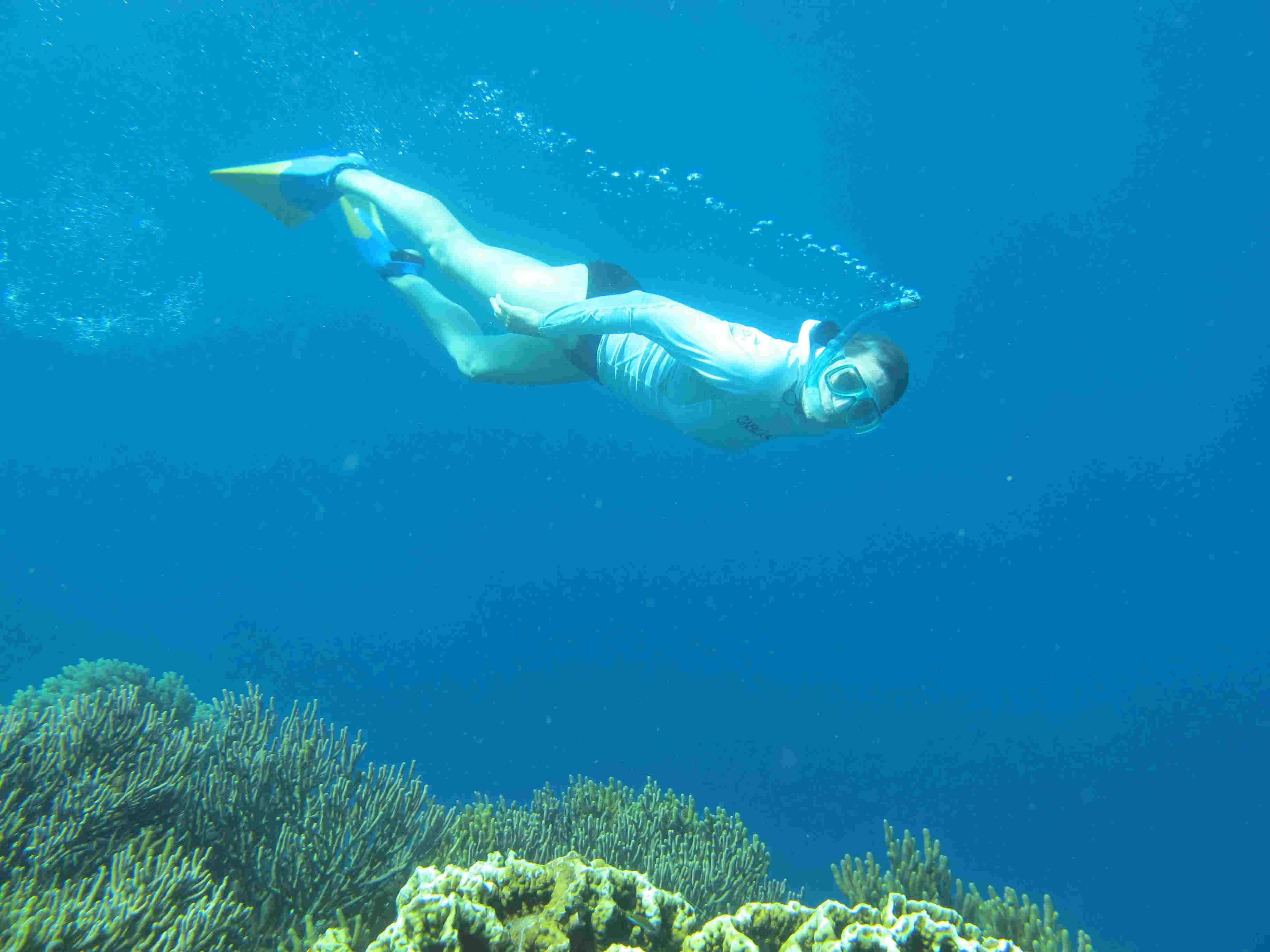 Laura-diving-underwater