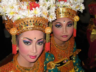 balinese.dancers.two