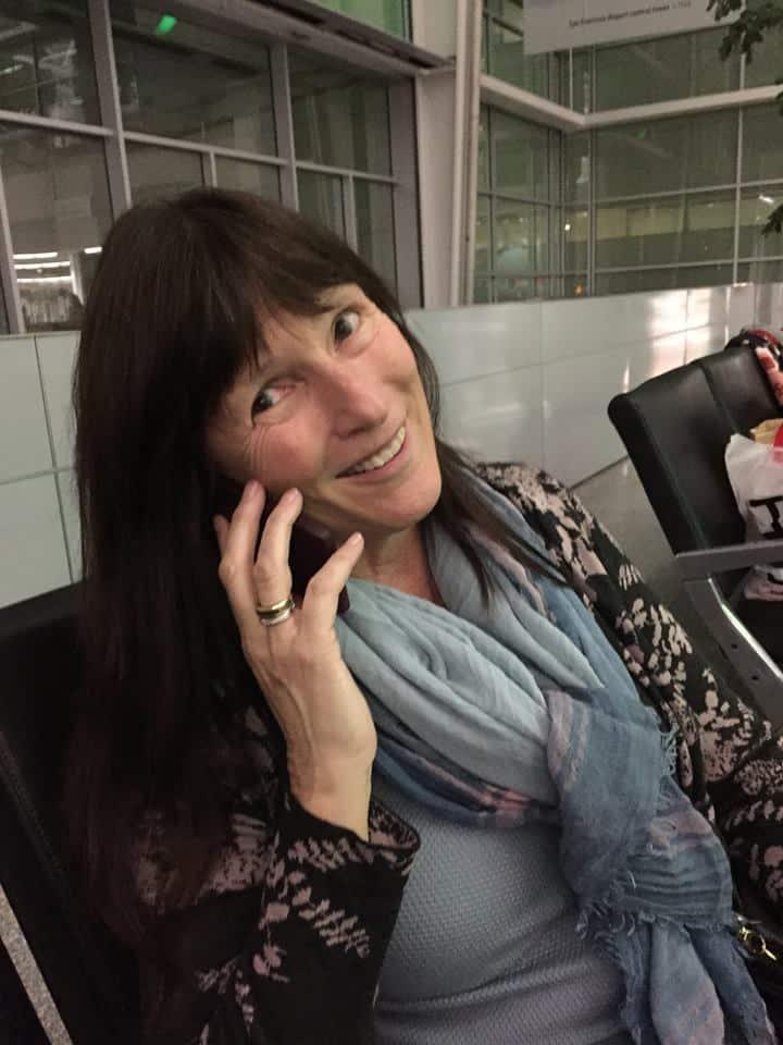 joanie-phone