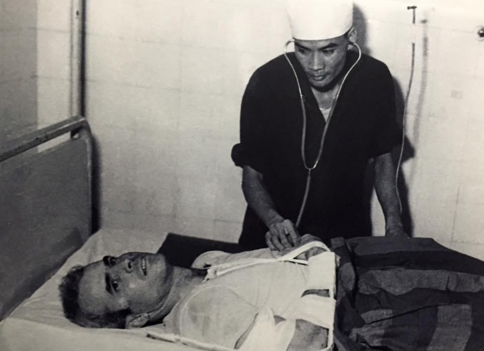 john-mccain-medical-care