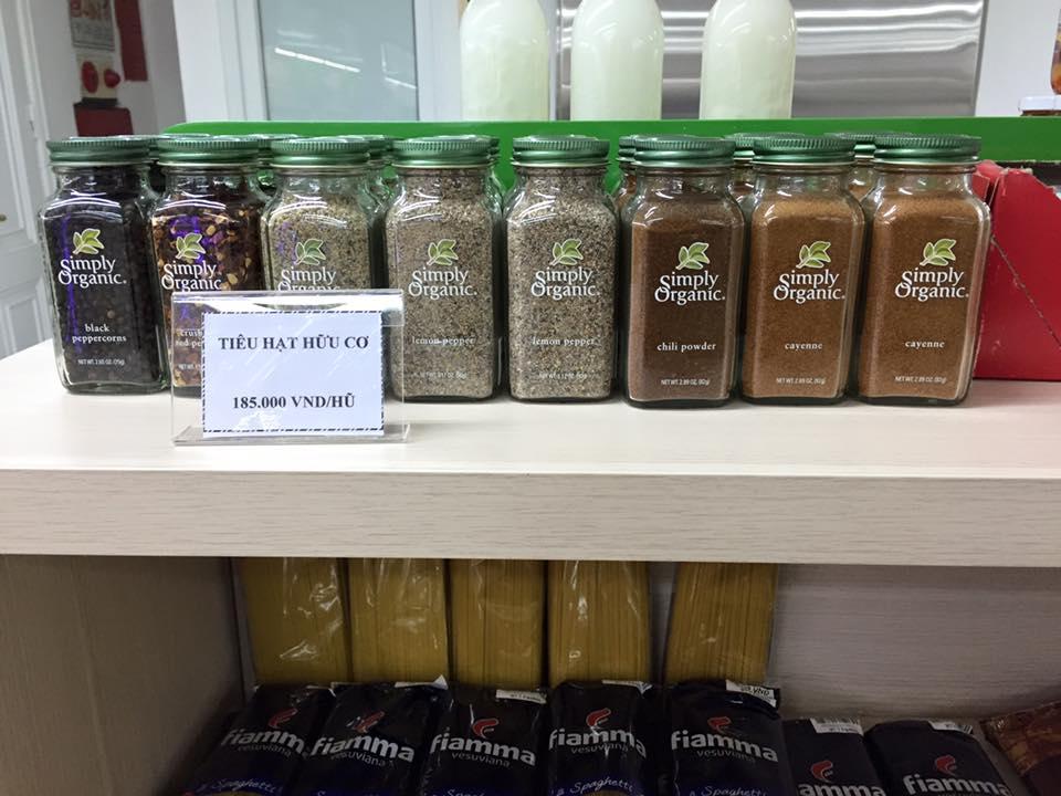 simply-organic-jars