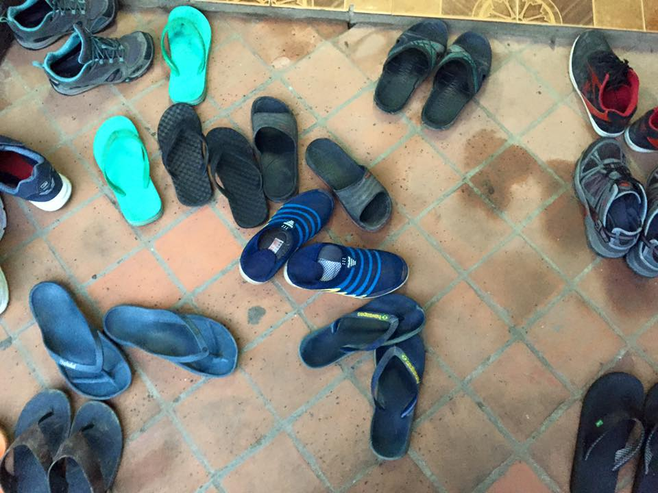 shoes-outside-the-door