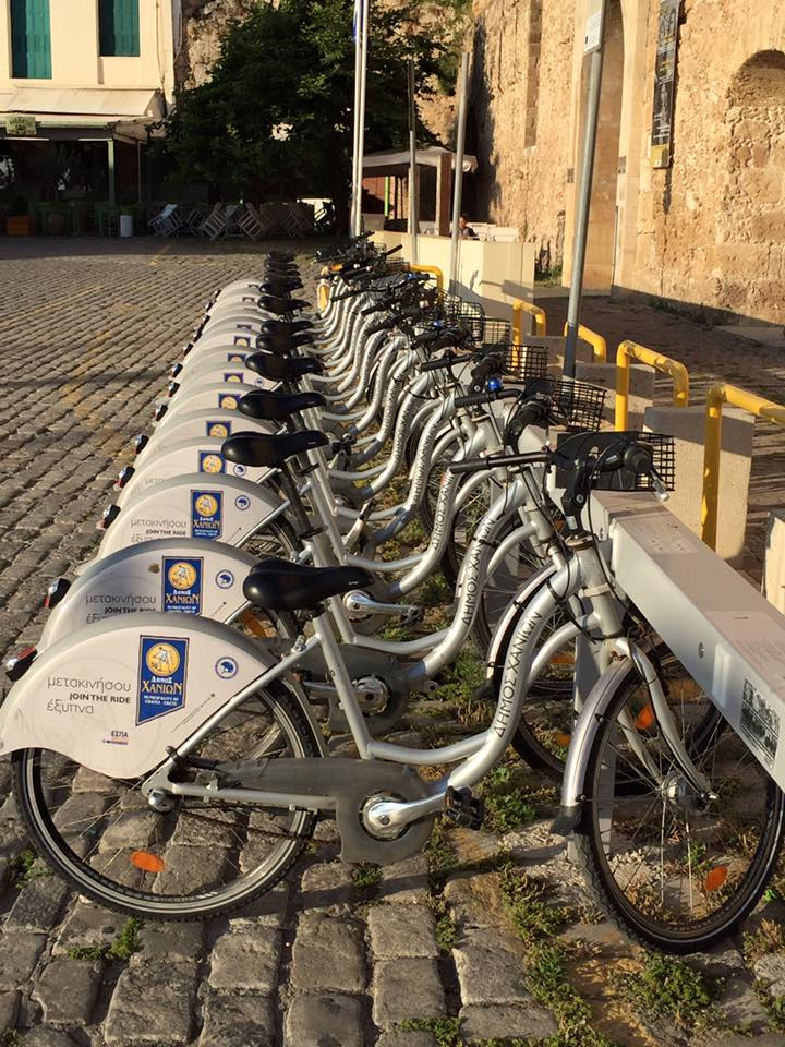 laura-davis-greece-chania-dormant-bicycles