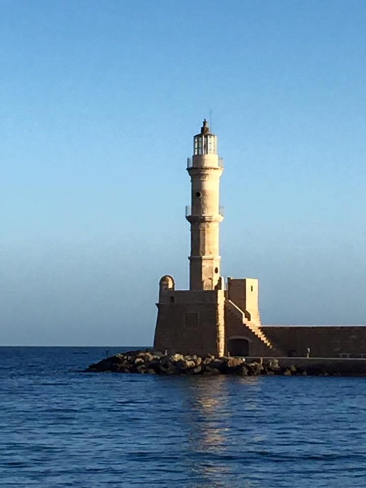 laura-davis-greece-chania-lighthouse-afar