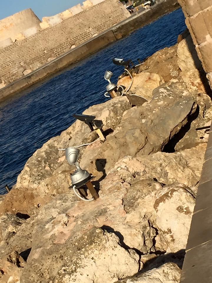 laura-davis-greece-chania-lighthouse-spotlights