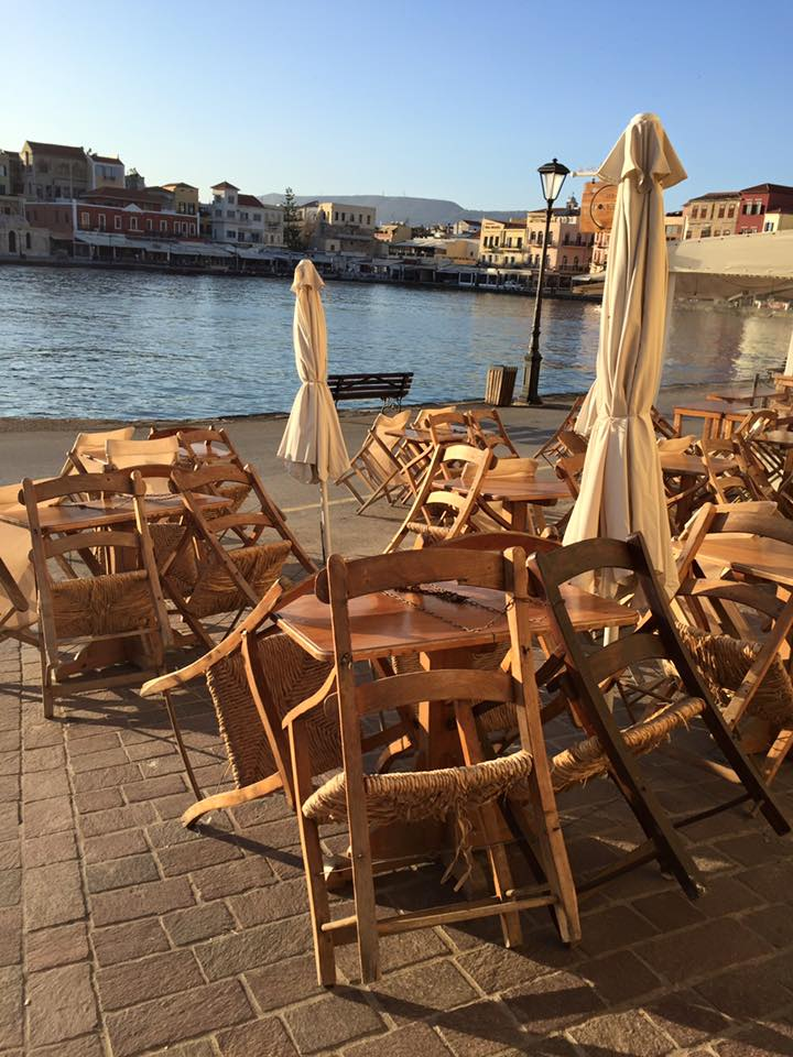 laura-davis-greece-chania-sleeping-tables