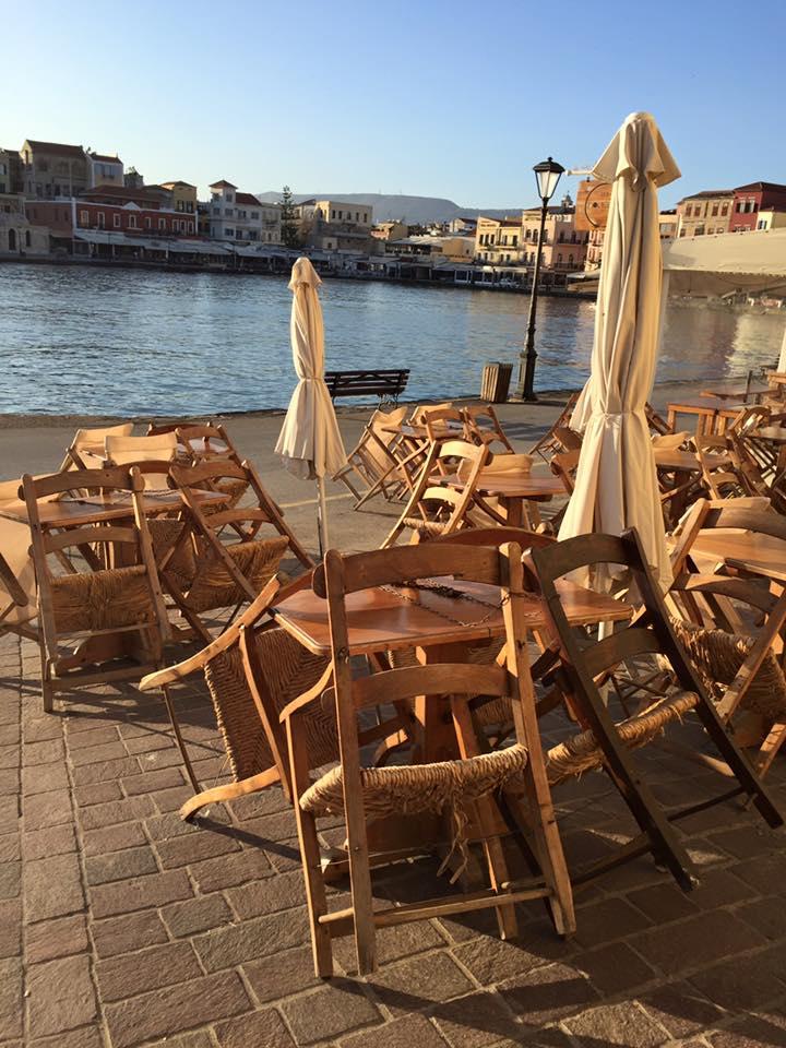 laura-davis-greece-chania-sleeping-tables