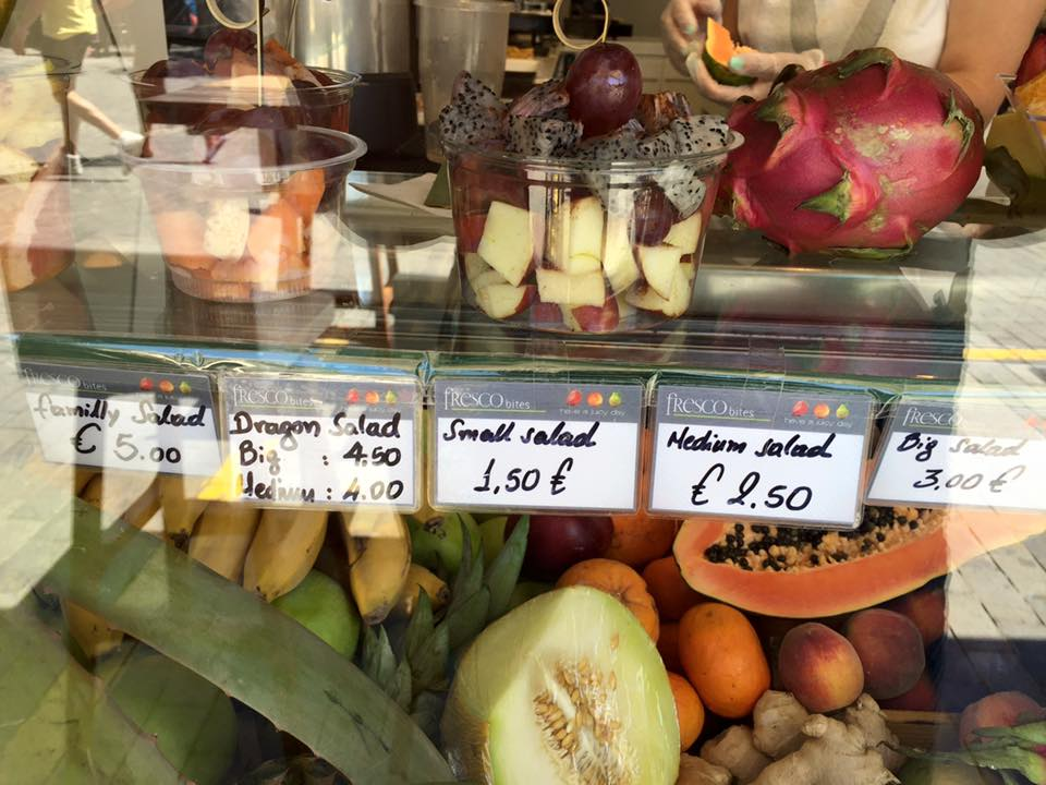 laura-davis-greece-heraklion-fruit-stand