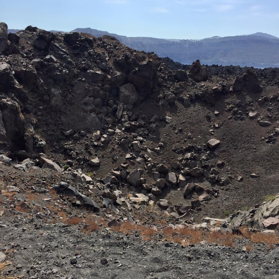 laura-davis-greece-santorini-crater