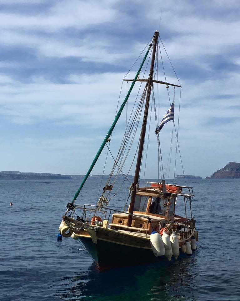 laura-davis-greece-santorini-our-boat