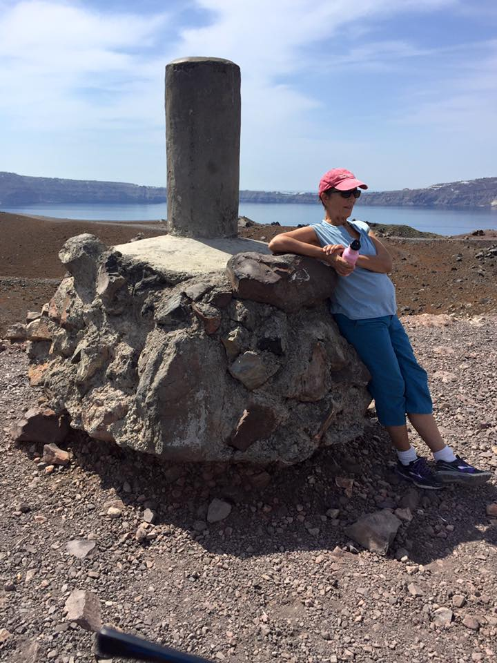 laura-davis-greece-santorini-ugly-monument
