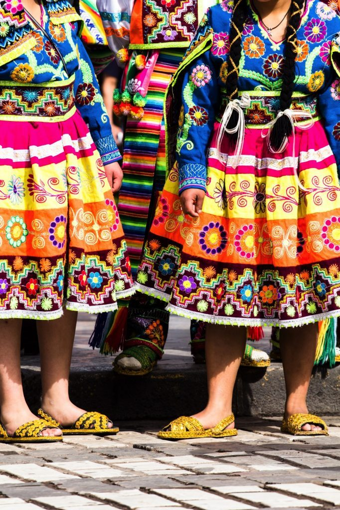 peruvian-dancers-53318718-peru-laura-davis