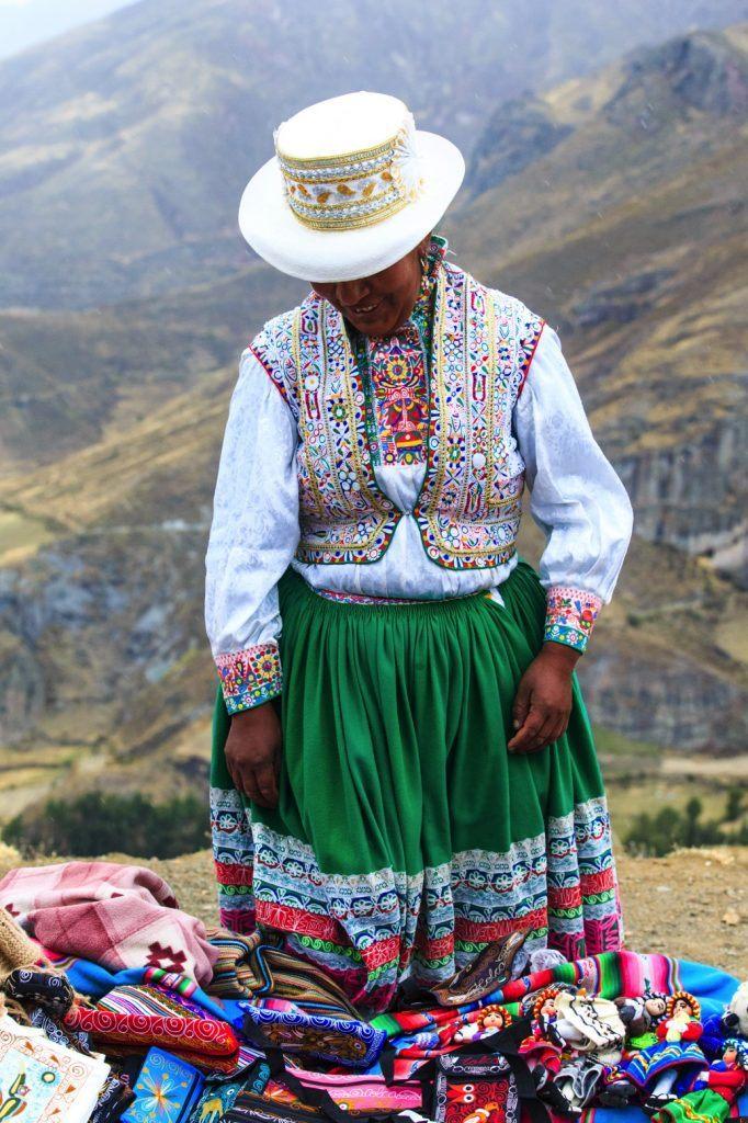 peruvian-woman-125684013-peru-laura-davis
