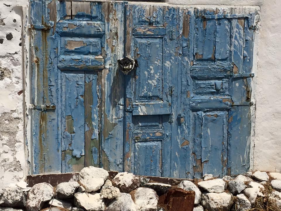 laura-davis-greece-old-doors