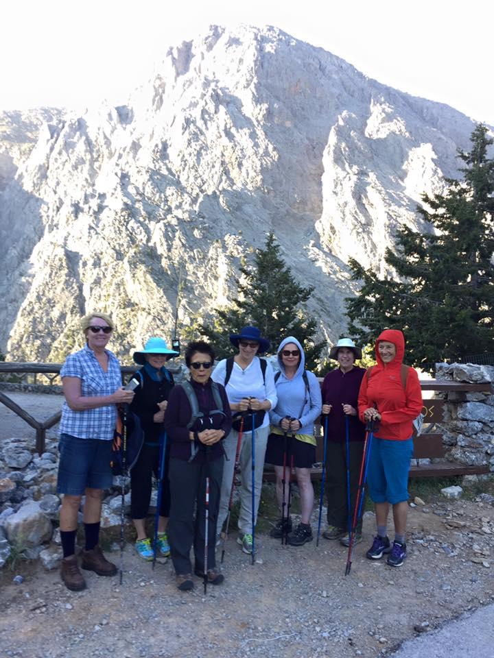 laura-davis-greece-samaria-gorge-crew-at-entrance
