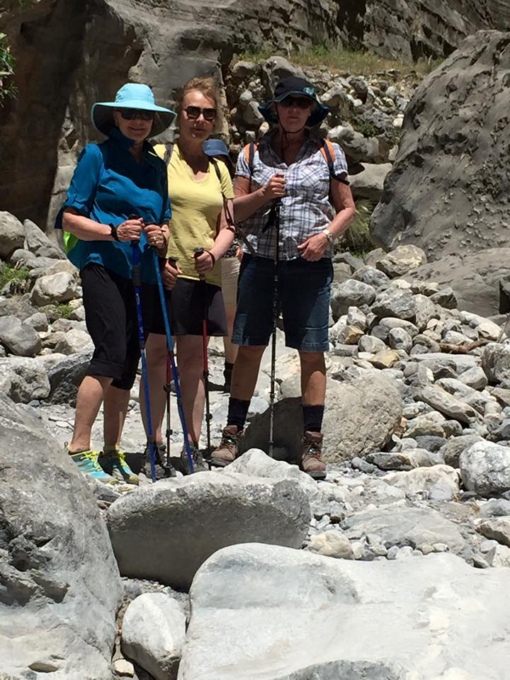 laura-davis-greece-samaria-gorge-hikers