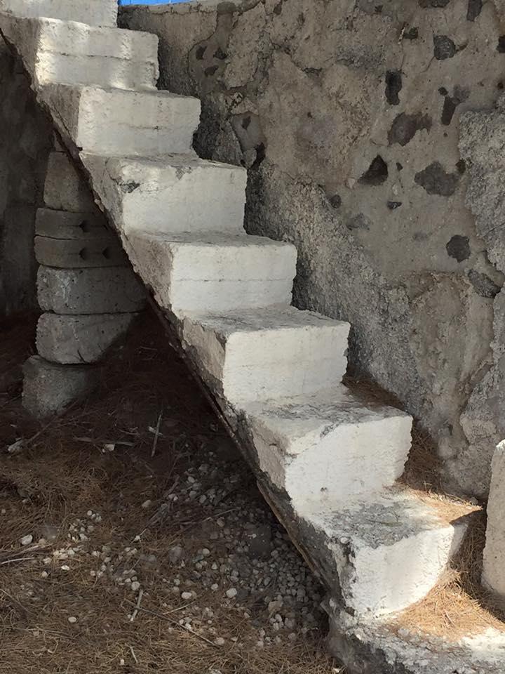 laura-davis-greece-strange-stairs