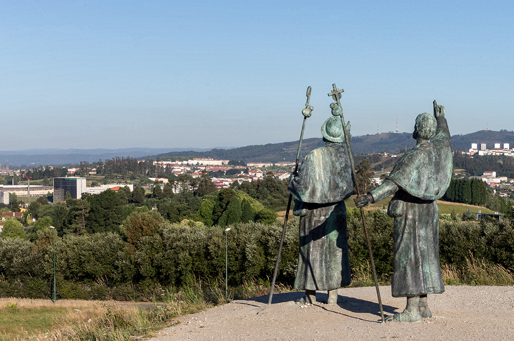 Statue on top of the Monte del Gozo, the first point where you s